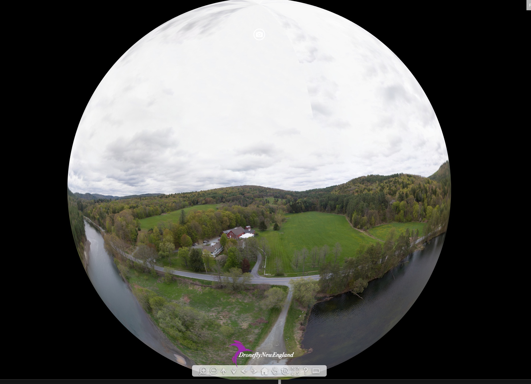Link to 360 degree panorama of Stowe Mountain, Stowe, Vermont