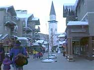heated cobble stone shopping area at the Stratton Ski Resort