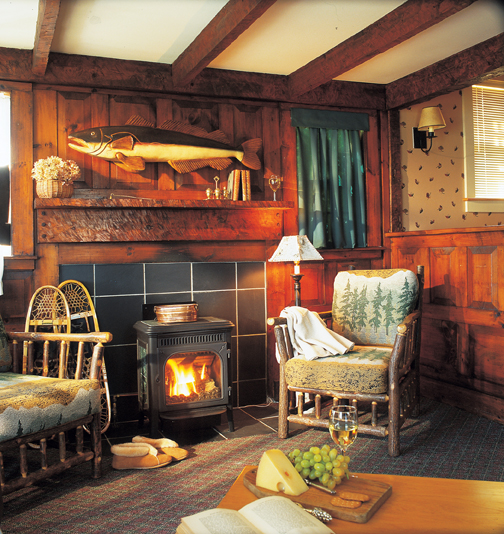 Featured property on vacation rentals scenes of vermont for Lake willoughby cabins