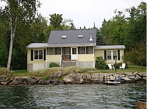 Lakeside cottage on lake echo for rent in vermont 39 s for Echo lake cabin rentals